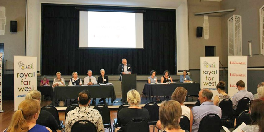 Panellists and attendees at the Gunnedah Town Hall meeting