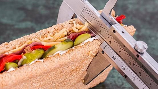 sandwich being measured